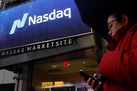 Nasdaq Hits Record But Stocks Show Weakness at the Close