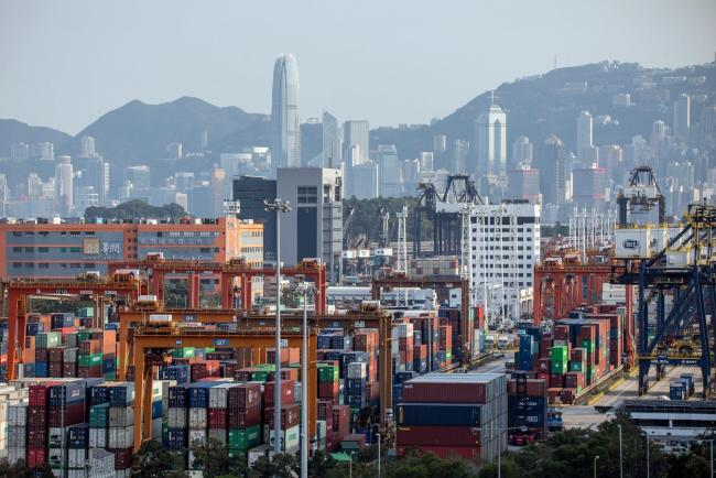 U.S. Suspends Some Trade Benefits to Hong Kong, Ross Says