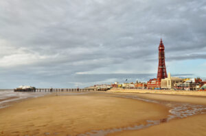 Hull and Blackpool have highest jobless rates in UK