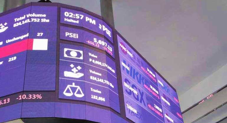 PSEi slips as investors took profits