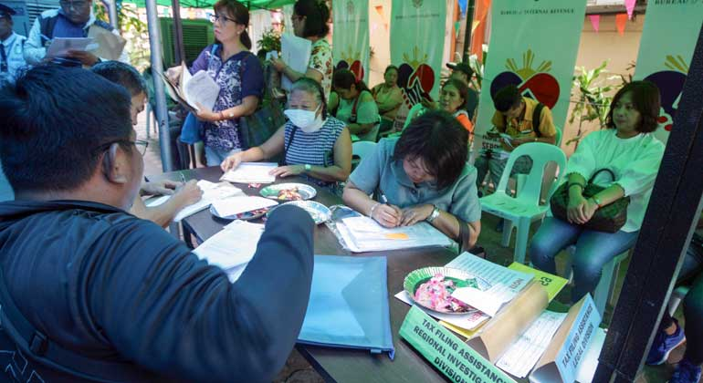 Gov't may reduce borrowings once tax collections improve
