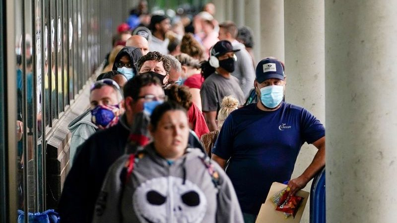Pandemic expected to push poorer Americans out of banking system: regulator
