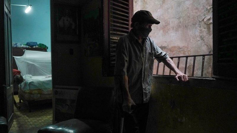 Cubans risk collapsing homes as state struggles to tackle housing woes