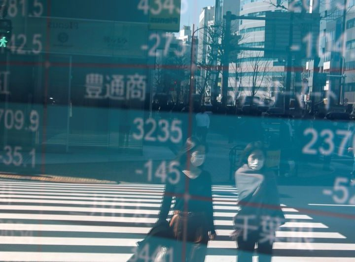 Asian shares falter again, poised for first weekly loss since late-Sept