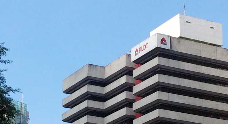 PLDT partners with ASUS to offer WiFi 6 system