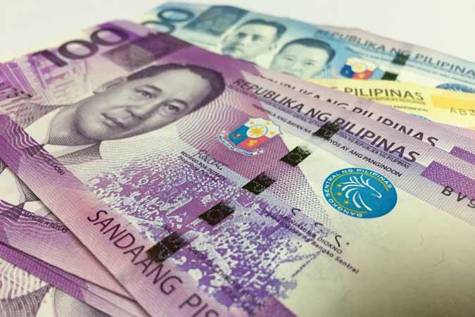 Peso rebounds vs dollar on oil price correction, gov't offer of euro bonds