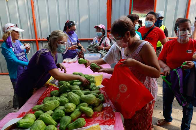 Over half of Filipino households experienced food insecurity amid pandemic — poll