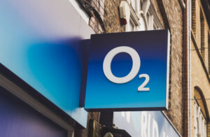 Competition watchdog clears £31bn O2-Virgin Media merger