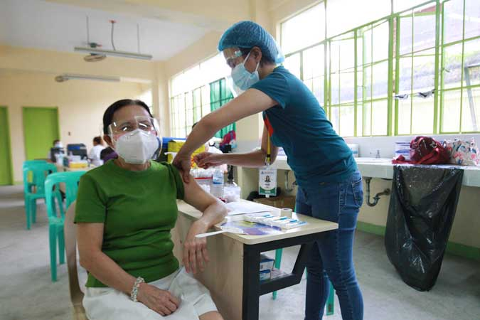 Private sector to donate vaccines to gov't if COVAX supplies delayed