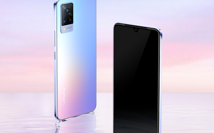 Bring yourself closer with the new vivo V21 selfie phone