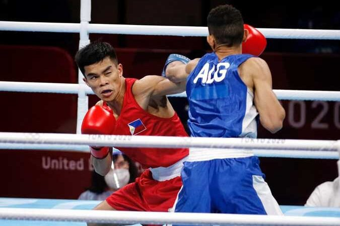 Carlo Paalam books spot in Olympic flyweight quarterfinals