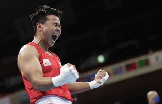 Nesthy Petecio heads to Olympic gold medal match