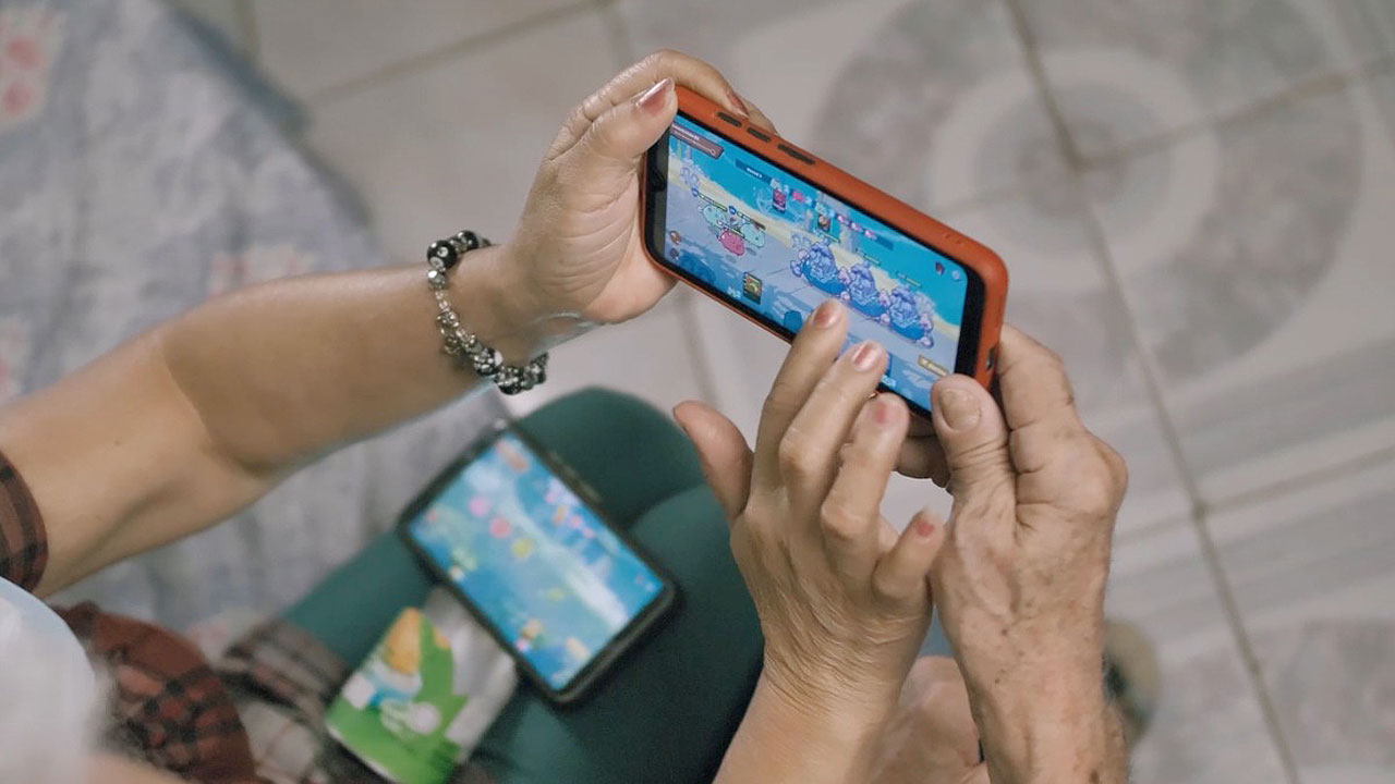 BSP warns play-to-earn gamers on potential illicit activities