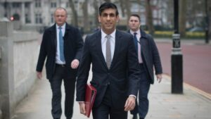 Rishi Sunak says that ministers doing all we can to fix supplies for shops