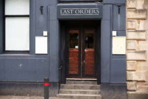 'Almost 10,000' licensed premises called time permanently during pandemic to date